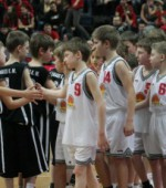 """Jaunųjų Š.Marčiulionio krepšinio akademijos krepšininkų kovos """"Siemens"""" arenoje"""