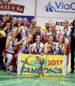 U18 merginų čempionato nugalėtojomis tapo Vilniaus krepšinio mokykla (FOTO, VIDEO)
