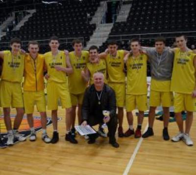 Šiaulių mieste nugalėjusi S.Šalkauskio gimnazija ruošis kitoms kovoms MKL pirmenybėse