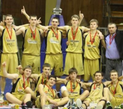 "Jaunių vaikinų A čempionato II divizione triumfavo ""Tornado"" KM (FOTO)"