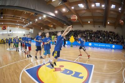 """Palangoje spindėjo Moksleivių krepšinio lygos """"Perlas"""" žvaigždės  (FOTO, VIDEO)"""