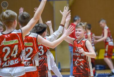 Paskutinėmis sekundėmis pranašumą įrodę Sostinės KM I krepšininkai – Pirmojo iššūkio čempionai