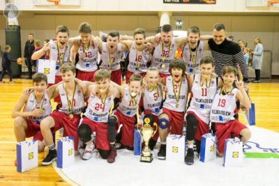 U14 berniukų B diviziono čempionais tapo Vilniaus KM krepšininkai