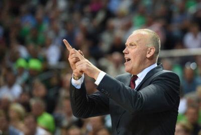 Krepšinio treneriai kviečiami į seminarą-diskusiją su Rimu Kurtinaičiu
